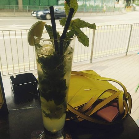 Kicked out of the apartment whilst boyf tidies, I've been given a budget free shop in Forever21 and I've now been ordered to have a drink... So its Mojitotime Mojito Soethingsmellsfishy Whathashappenedtomyboyfriend Shopping Saturdaydrink Drinkingalone Saintgermain Happyvalley