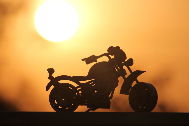 Sunset #sun #clouds #skylovers #sky #nature #beautifulinnature #naturalbeauty #photography #landscape Artworks Ghostrider Bike Artwork Beauty In Nature Home Sweet Home Timepass Enjoying Life Vaccations Goa India Enjoying The View