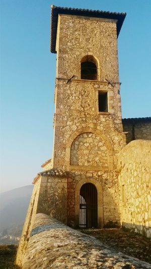 Italy Sunlight History Architecture Castle Wonderful Travel Destinations Lovefortravel Seetheworld  Explore The World Wanderlust