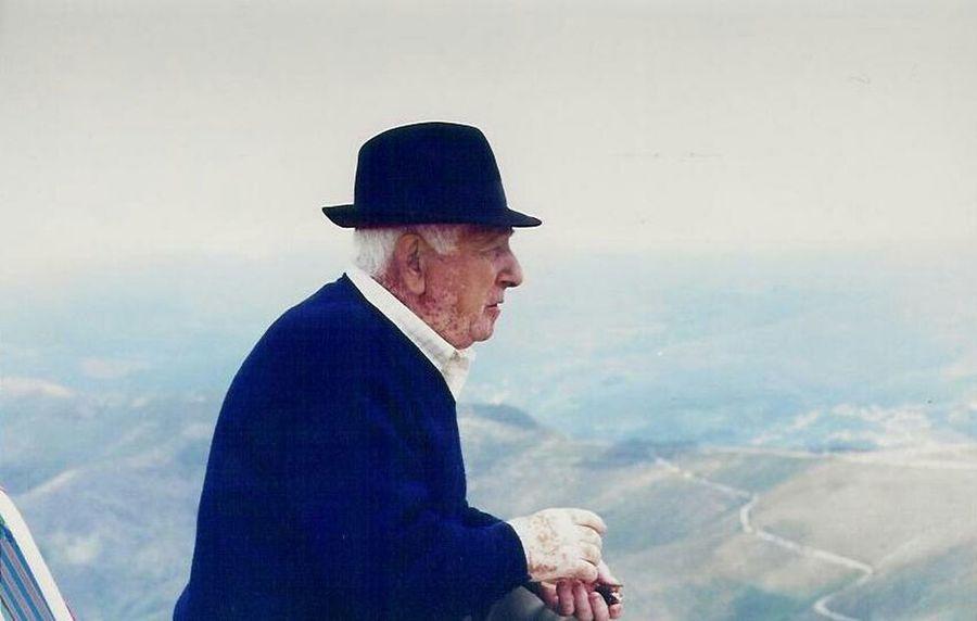Grandpa Profound Speechless NoWordsNeeded OldMemories Huaweimate9 Flying High