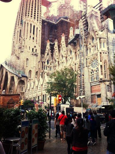 Construction started: 1882. la Sanggrada Familia , Barcelona