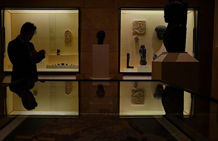 Shadows in the Egyptian Gallery. ROMToronto RoyalOntarioMuseum Huffingtonpost Torontoclx Myfujifilm EmptyROM Toronto Myfujifilm