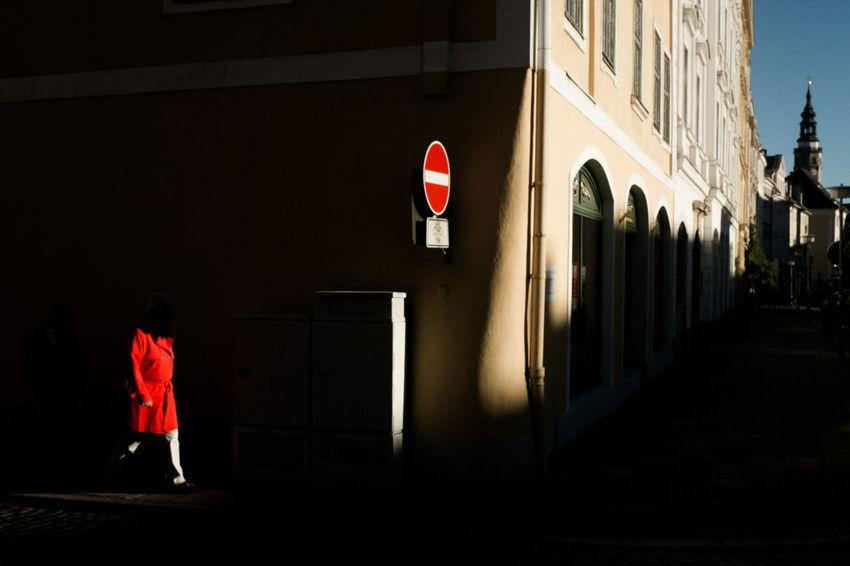 Görlitz Streetphotography Street Photography Street Light Streetphoto_color Streetshot