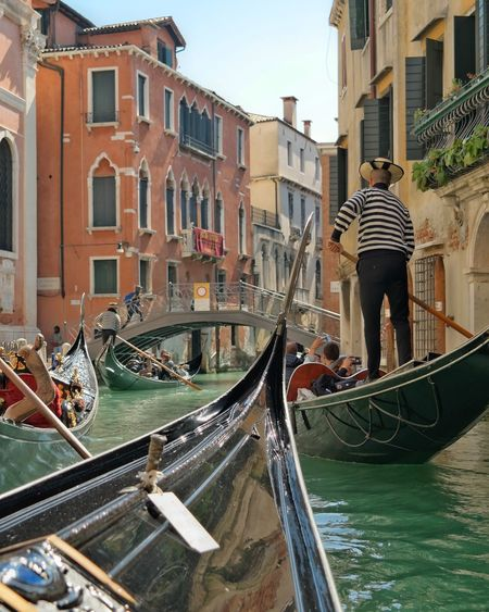 Traffic in Venice Venice, Italy Italy Photos Venice Canals Venedig Venise Venezia Venice Venise Water Reflections Waterway Tourist Attraction  Tourist Facade Building Gondola - Traditional Boat Water Gondolier Rowing Canal Bridge - Man Made Structure Footbridge