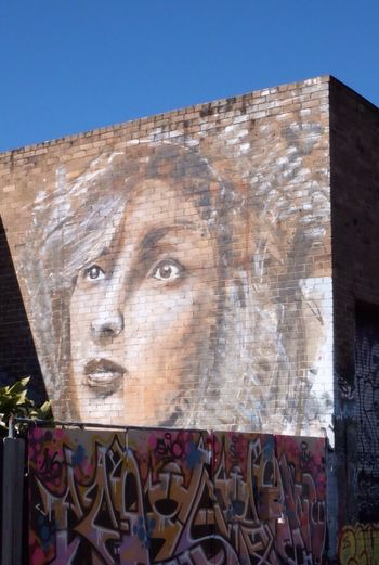 Face in the city !! Streetart Streetphotography UrbanART