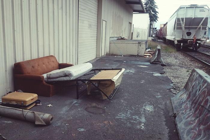 Abandoned Furniture Living Room Railroad Track Gritty Urban Urban Landscape Portland Portland Oregon Have A Seat