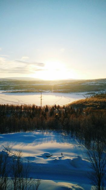 Landscape Sunrise Winterscapes Cold Temperature Outdoors Winter Wonderland Winter Trees Beauty In Nature Sky Tranquility No People Sun Wintersun Wintersunrise Murmansk Polarcircle Winterlake Wintermorning Morning Light Morning First Eyeem Photo