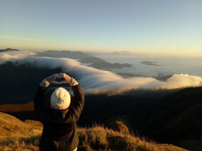 Sea Of ​​clouds Nature Beauty In Nature Sunrise Clouds Sky And Clouds 😍😌😊 Love The Place Philippines Adventure Mt.pulag Nature Photography YOLO ✌ EyeEm Best Shots EyeEm Gallery Eyeem Philippines EyeEm Beauty In Nature Outdoors Mountain View Mountain Summit Heart ❤