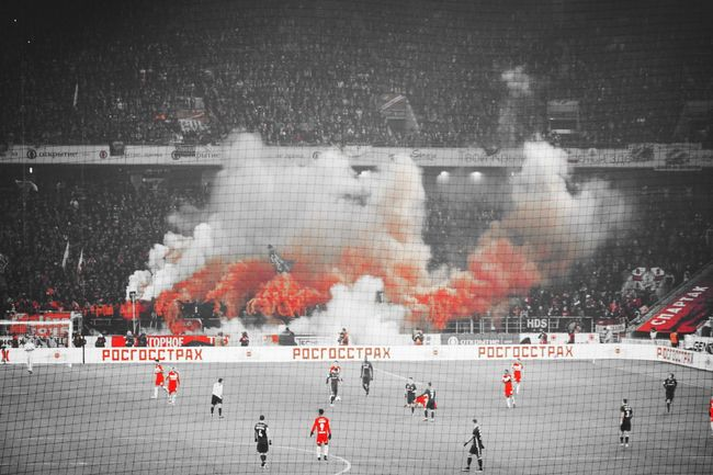 дербивсеяруси Red Spartak Moscow Russia россия Moscow, Москва Sports Team Fan - Enthusiast Large Group Of People Stadium Match - Sport Soccer Cold Cold Temperature Snow Red, Black And White Colour