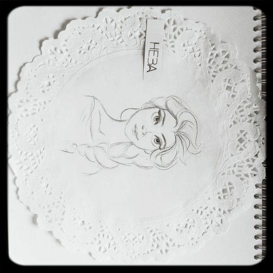 Drawing frozen's Elsa :)