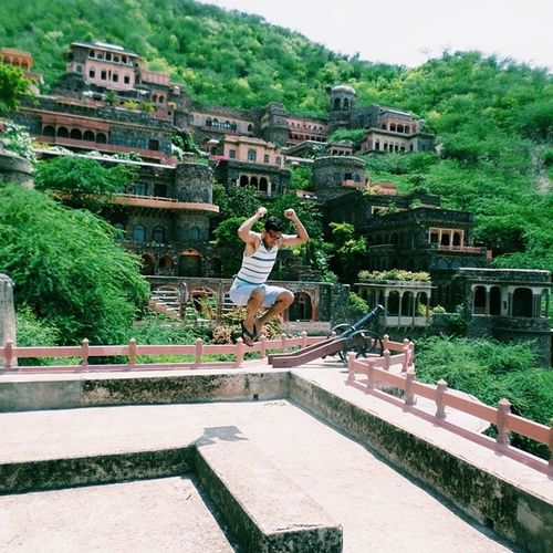 And the Shenanigans just continue in the Motherland . Had to leave my mark at this gorgeous Neemrana Fort in Rajasthan India vscocam ???
