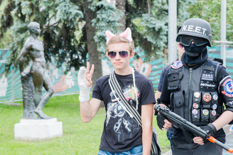 Cosplay Armed Forces Day Front View Government Looking At Camera Males  Men Military Nature Outdoors People Plant Portrait Standing Sunglasses Three Quarter Length Tree Two People Uniform Waist Up Weapon