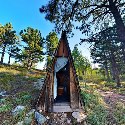 September, 2017 : 💩 with a view, Sunshine Canyon, Boulder, Colorado Tree No People Day Outdoors Built Structure Sky Nature Architecture Low Angle View Beauty In Nature Colorado Out House Toilet Compost Rustic Beauty Cool Places Vanlife Road Trip Mountain Vacations EyeEmNewHere