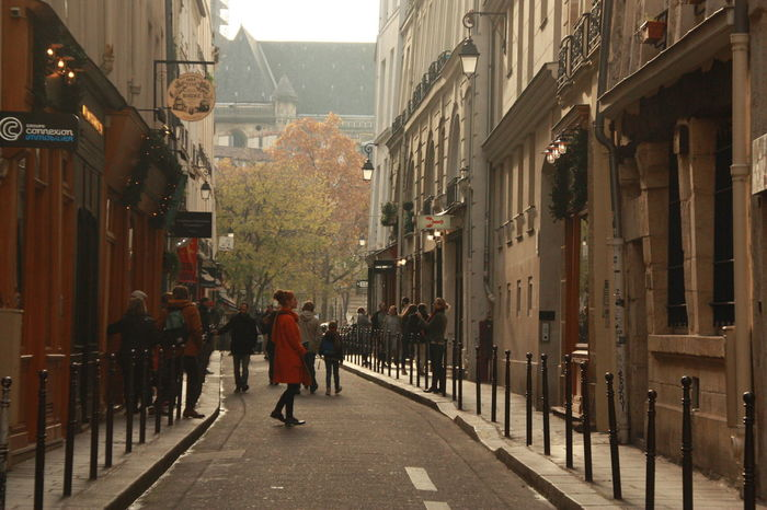 Autumn Autumn Colors City Street City Street Photography EyeEmNewHere Lone In Crowd Lone Figure Orange Color
