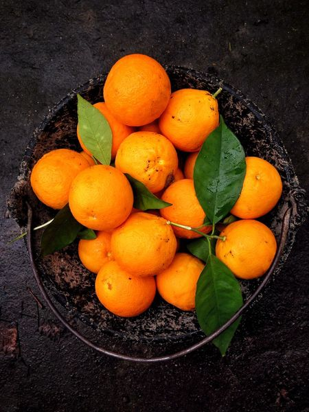 Naranjas Bucket Food Fruit Healthy Eating Food And Drink Freshness Wellbeing High Angle View Citrus Fruit Orange Color No People Orange - Fruit