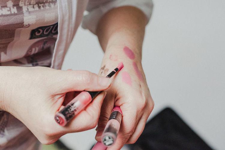 Close-up of hands woman smoking