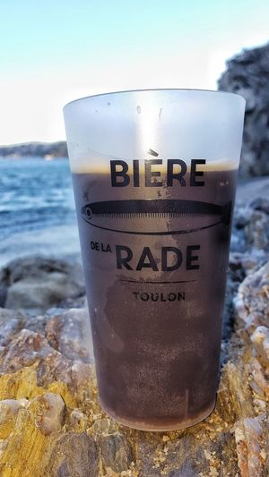 Sea Beach Water Horizon Over Water Refreshment Drink Drinking Glass No People Sky Close-up Nature Day Wave Outdoors Freshness UnderSea The Great Outdoors - 2017 EyeEm Awards EyeEmNewHere The Street Photographer - 2017 EyeEm Awards Toulon Unclicheunclindoeil Bière De La Rade