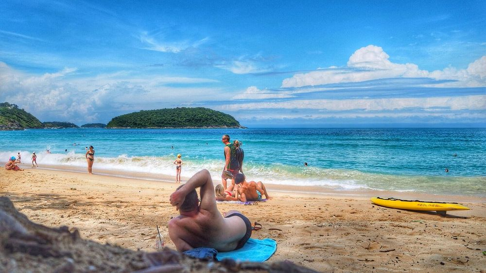 Learn & Shoot: Layering Enjoying The Sun Sunshine Sea Getting A Tan Relaxing Swimming Freedom Clouds And Sky Holiday