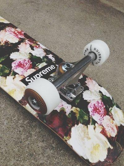 Skateboarding Skate Supreme Style
