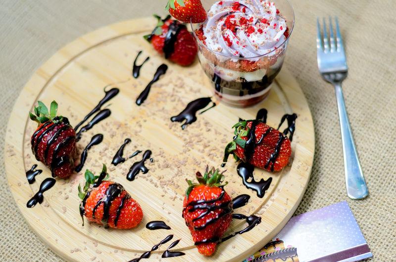 Dessert trifle