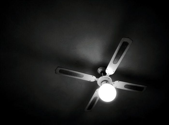 Day 312 - Light & Wind Berlin Blackandwhite Light Fan 365project 365florianmski Day312