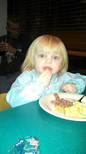 Haley at Shoneys :)
