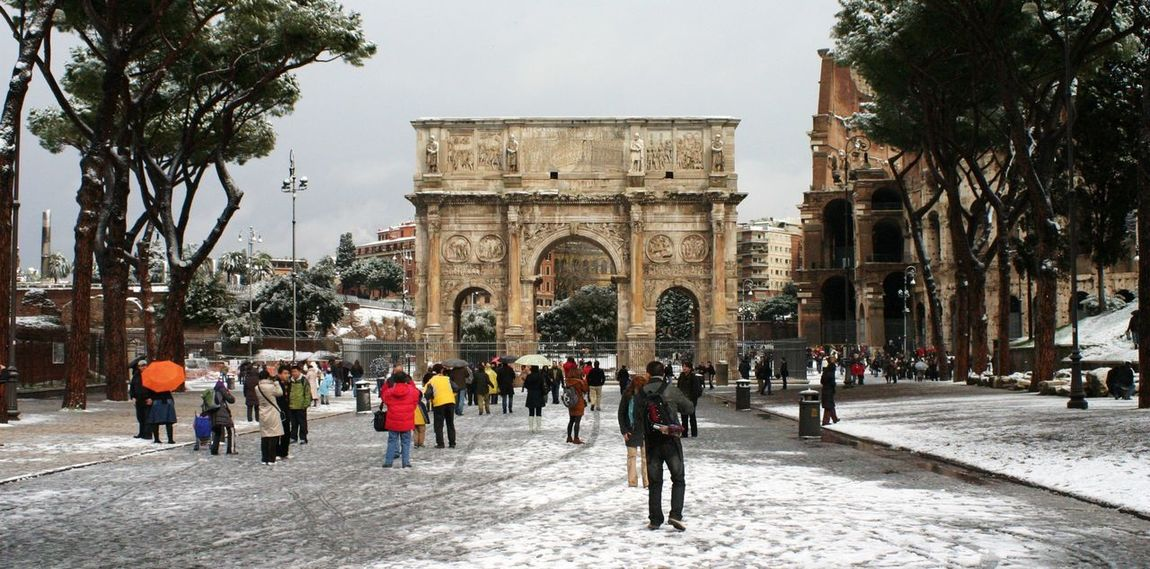 Colosseo Arco Di Costantino Roma Snow Day Ancient Rome Ancient Building Hello World Enjoying Life Architecture Ancient Architecture Ancient Civilization Ancient Town Italy Rome Italia Italian_city Roma, Italy Roman Ruins Roma Caput Mundi Landscape Landscapes Monuments Landscape_photography Monumenti Monumenti_storici