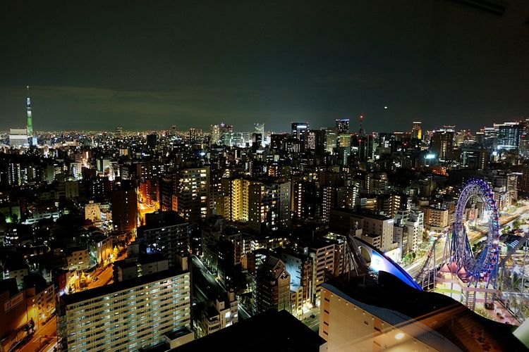 Tokyo Cityscape- looking out into the distance Nightphotography Cityscapes Citylights Tokyo Skytree Tokyo City By Night