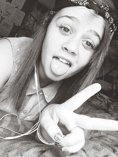 Selfie JustMe Feelin Cute