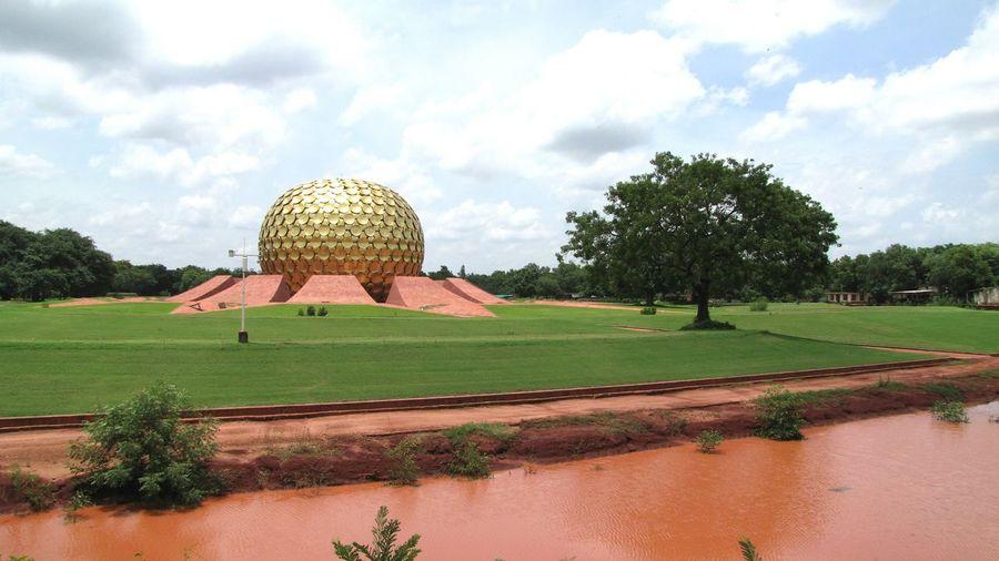 """""""La ville de l'Aurore"""" Auroville, near Pondichéry, Tamil Nadu. Auroville Tamilnadu"""