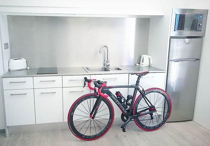 Disfrutando en Cambrils Park Resort de statge. Cicling Ciclismo Stradadedacciai Strava Stravaphoto Pretemporada Trainers Training Garmin520 Cambrils Terranovacnc Tbikes