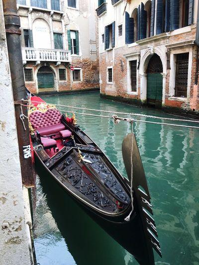 The Tourist Venezia Gondola Italia