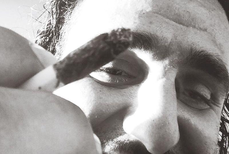 Smoking Smoke Weed Engoying Life Stockholm Sweden Hej Sverige Hash Brown