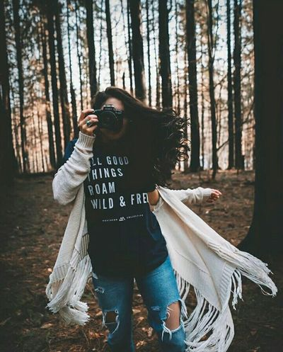 One Person Winter Men Women Forest People Tree Warm Clothing Adult Smiling Outdoors Portrait Nature Day Cold Temperature Young Women Beauty Amazing View Getting Inspired Photos Around You Photo Of The Day Photography Inspiring Beautiful Woman Fashion