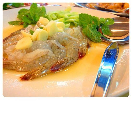 Shirmp in fish sauce Shirmp Food Yummy Thailand Thaifood Zap bbkk Bangkok Bangkokfood