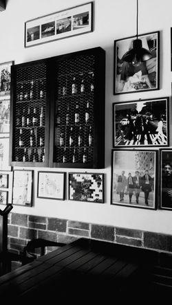 Bar Black & White Comitan