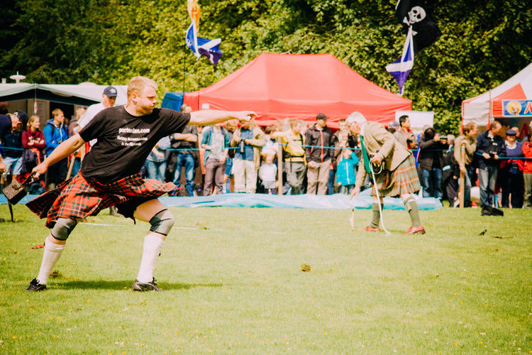 Highland Games Kilt Leisure Activity Lifestyles Men Real People Scotland Standing Throwing