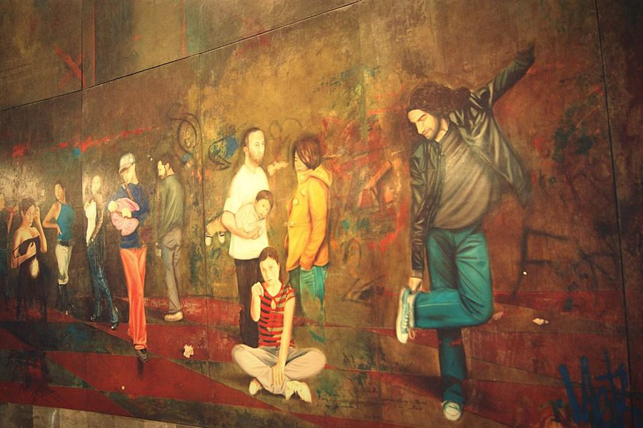 Mural en la estación del metro Insurgentes de la ciudad de México Df Chilangolandia Metro Subway Station Arte Urbano  Arte Art Ars Wall Wallpaint