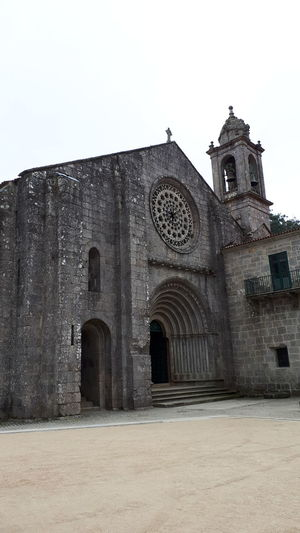 monaster SPAIN #relax #Relaxing Wonderful Spain🇪🇸 Happy Santiago Way Cammino Di Santiago Walking History Façade Architecture Building Exterior Sky Built Structure Christianity Cathedral Temple Church Catholicism Temple - Building