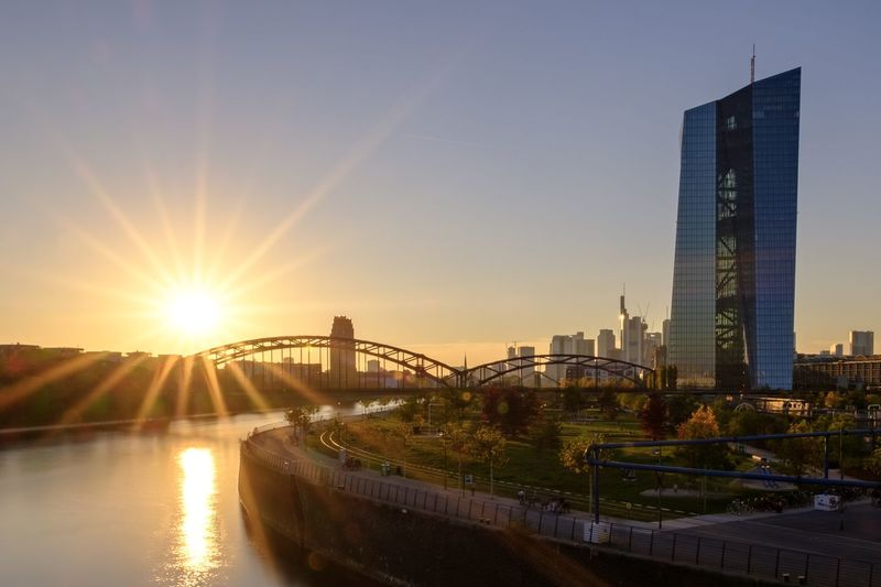 Blendenstern über Frankfurt :) Frankfurt HDR Hdr_Collection Architecture Blendenstern Bridge Building Building Exterior Built Structure City Cityscape Financial District  Fujifilm Lens Flare Modern No People Office Building Exterior Outdoors Sky Skyscraper Sun Sunflare Sunlight Sunset Water