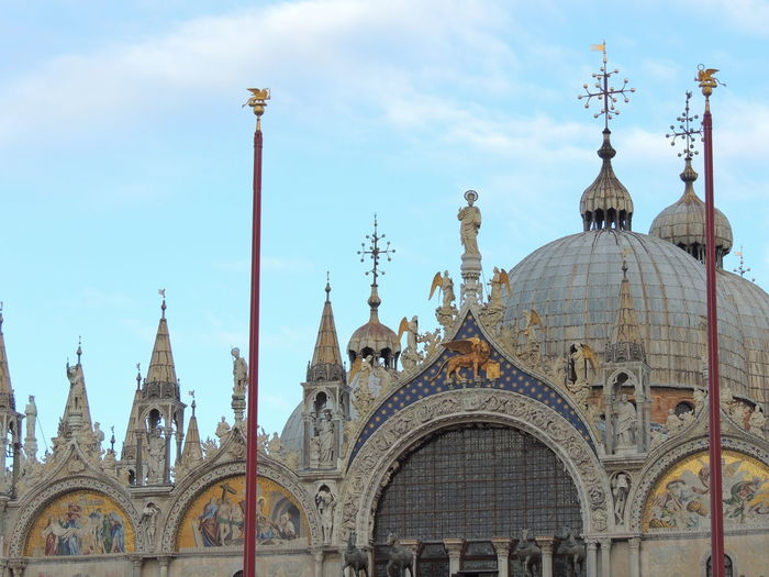 Architecture Basilica San Marco Building Exterior Built Structure City Cloud - Sky Day No People Outdoors San Marco San Marco Square San Marco Venezia Sky Sky And Clouds Sky Collection Sky_collection Skyporn Street Light Travel Destinations