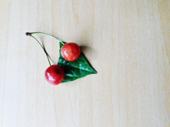 Food And Drink Red Healthy Eating Freshness Food No People Indoors  Close-up Day Nature Cherry Desk Shot Healthy Healthy Lifestyle Healthy Food Healthylife Healthyfood Wooden Texture Wood Freshness Cherries Cherries🍒 Fruits Delicious