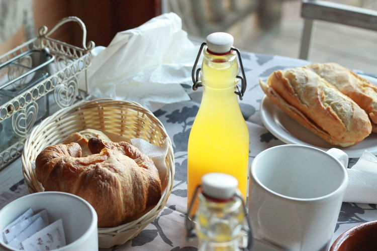 Bread Breakfast Breakfast Time Breakfast ♥ BreakfastTime  Croissant Food Food And Drink Food Porn Healthy Eating Holidays Indoors  Morning Morning Breakfast Morning Rituals Orange Juice  Ready-to-eat Still Life Sweet Food Table Table Decoration