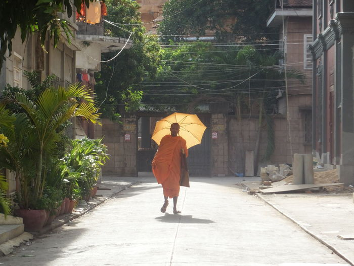 Architecture ASIA Built Structure Cambodia City Life Full Length Lifestyles Monk  Religion The Way Forward Walkway