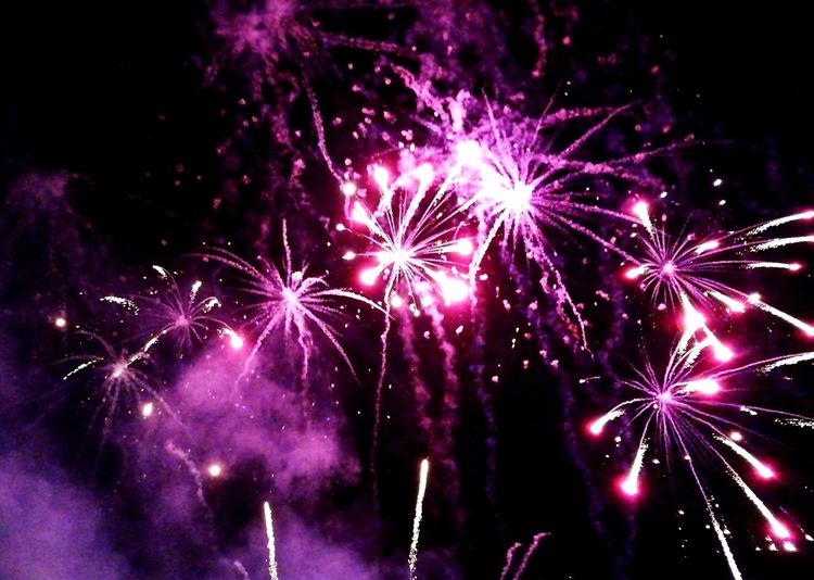 Celebration Firework Display Night Firework - Man Made Object Exploding Arts Culture And Entertainment Event Multi Colored Illuminated Sky No People Outdoors Firework 20th Anniversary Summerbreeze Open Air Summerbreeze2017 Summerbreezemakesmefeelfine Summerbreeze Motion Celebration Fireworks