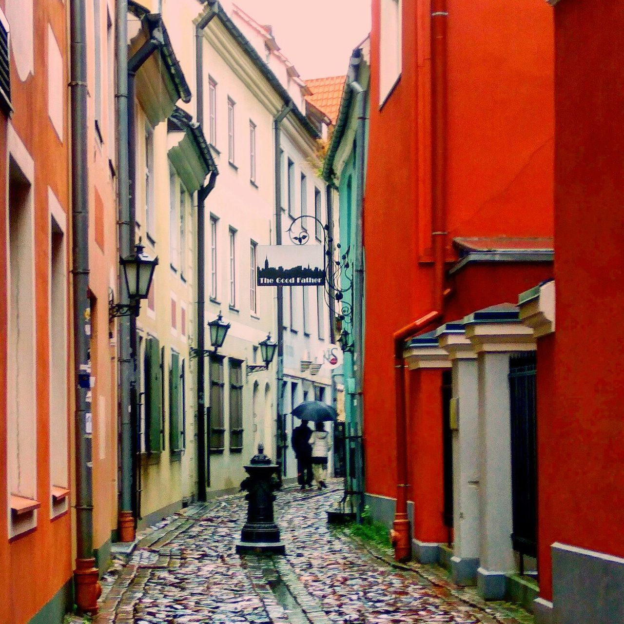 architecture, building exterior, built structure, the way forward, outdoors, alley, no people, day, city