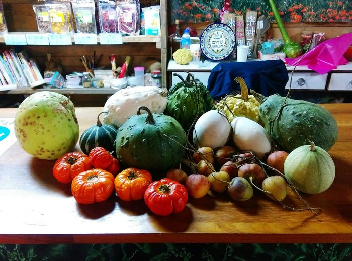 Vagetables Freshness Food Healthy Eating Variation Food And Drink For Sale Vegetable No People Market Healthy Food Hualien, Taiwan ASIA Nature Warm Colors Warm Pumpkin Country Life Country Market Stall Colorful Freshness Travel Taiwan Multi Colored Green Color