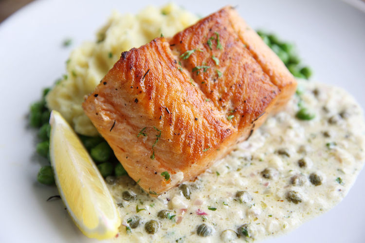Grilled Salmon Salmon Salmon - Seafood Food And Drink Food Plate Ready-to-eat Close-up Freshness Healthy Eating Indoors  Seafood Wellbeing Vegetable Fish No People Meal Meat Vertebrate Animal High Angle View Selective Focus Barbecue Garnish Herb Dinner Crockery