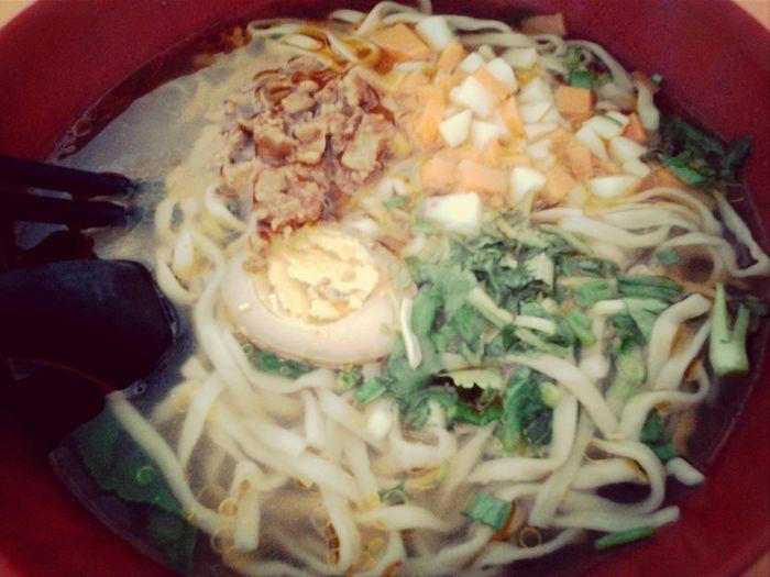 Enjoying A Meal Noodles Chinesefood shanxi shaizimian(* ̄︶ ̄*)