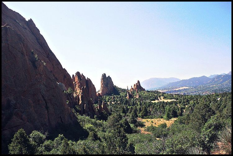 Garden of the Gods Colorado Landscape Colorado Photography Colorado Coloradosprings Gardenofthegods Power In Nature Photonature  Findyourhappiness Adventure Exploring Beyourself Rock America The Beautiful Views Vibes Diamondintherough Takechances Mountain Sky Tranquility Beauty In Nature Calm Hiker The Great Outdoors - 2018 EyeEm Awards